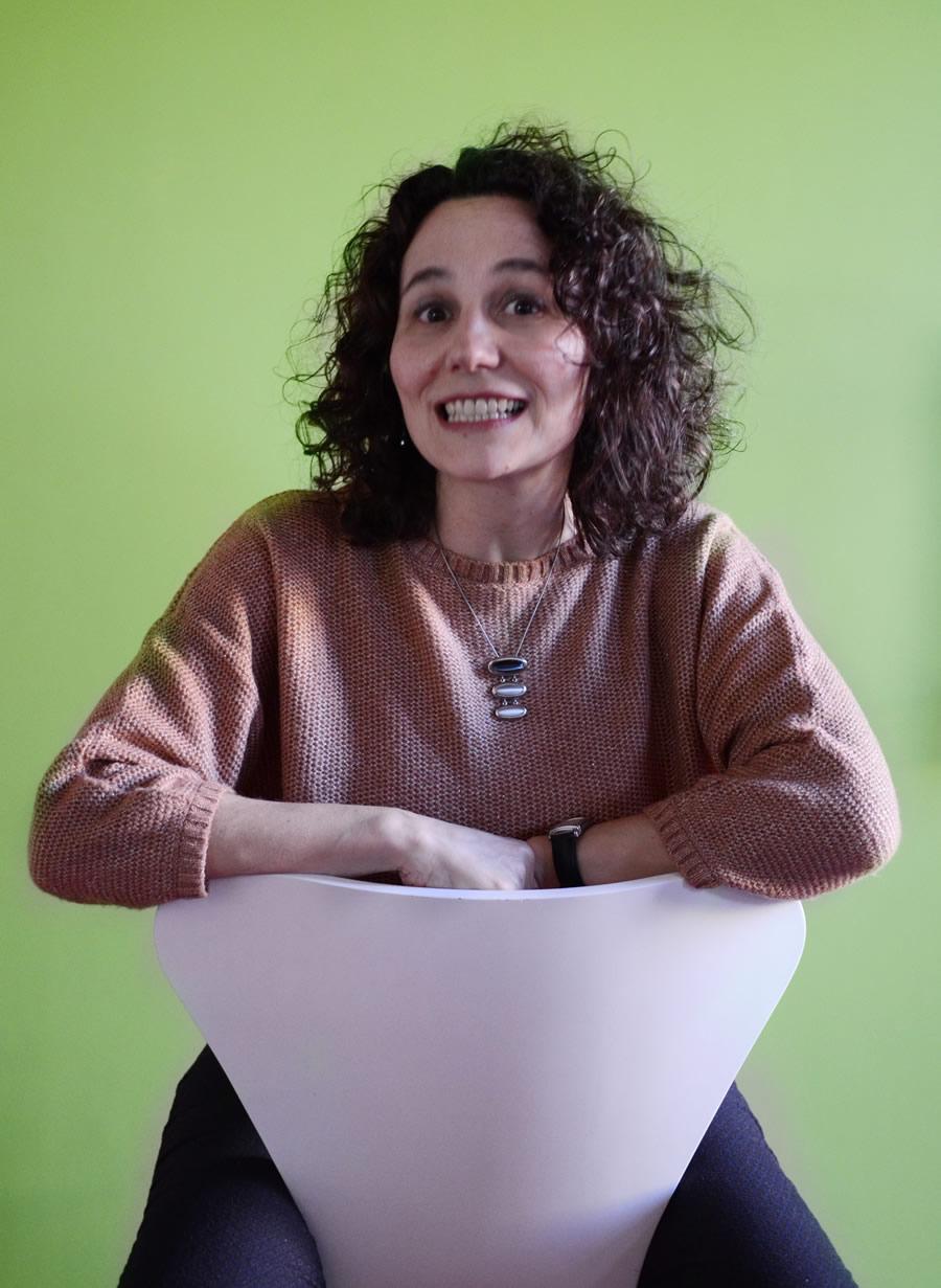 Laura León